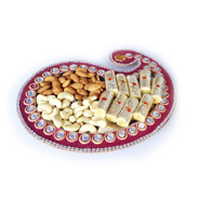Ethnic Dryfruit Tray With Kaju Roll & Dryfruits