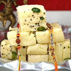 Rakhi pair with Khoya Burfi /></a></div><div class=