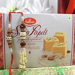 Bhaiya Bhabhi Rakhi with Soan Papdi /></a></div><div class=