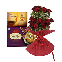 Rakhi with Soan papdi and Roses