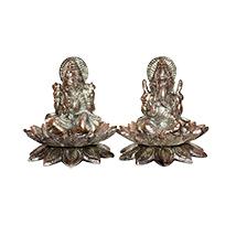 Stunning statue of Laxmi Ganesha