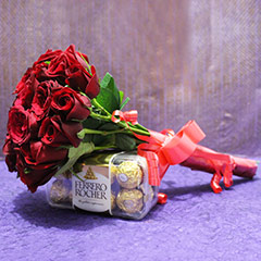 Rosy Bunch with Chocolates