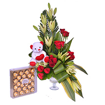 Exclusive Flower Hamper