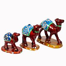 Designer Wooden camel set