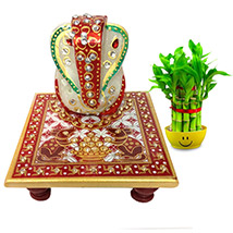 Traditional statue to Lord Ganesha