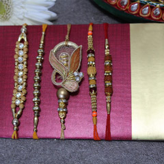 Wow! Rakhi Set