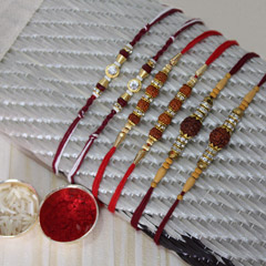 Unfolding Divinity with Rakhi