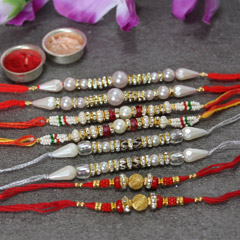 Hearty Rakhi Set