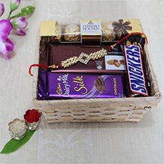 Affectionate Basket 4 Bro