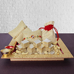 Delectable Cashew Hamper /></a></div><div class=