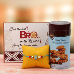 Studded rakhi hamper