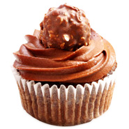 12 Ferrero Rocher Dream Cupcakes