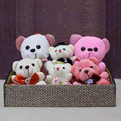 Tray of Cuddly Teaddies