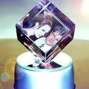 PERSONALIZED ROTATING CRYSTAL CUBES (WITH STAND)