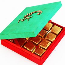 Om Green Chocolate Box