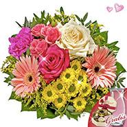 Bouquet Bolero with vase & Lindt chocolates