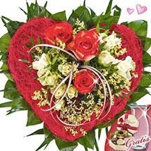 Bouquet with vase & Lindt hearts desire pralines